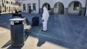Sanificazione nelle aree pubbliche di maggior affluenza